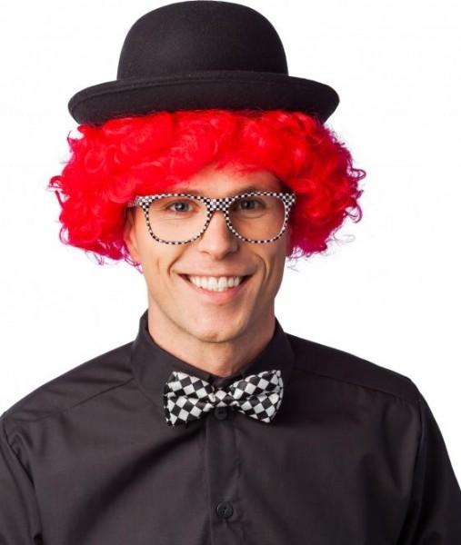 Brille, schwarz-weiß kariert